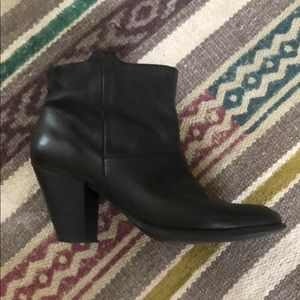 Size 6 Aldo black leather booties